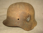 Wehrmacht Single Decal M42 Steel Helmet.